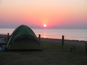 A tent at Buccaneer State Park