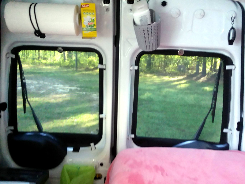 Solar screen in minivan windows