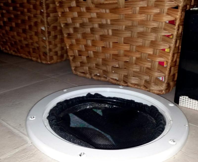 Van hole in floor for ventilation